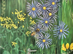 Row 5 No 4 - Wildflower mural - Hoverfly on Michaelmas Daisies