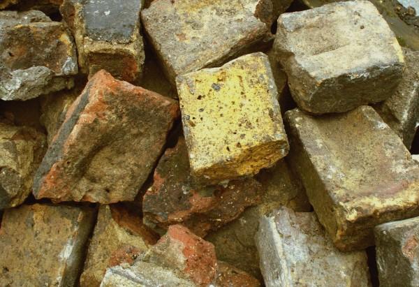VicBrk5 Old Victorian bricks saved from skip